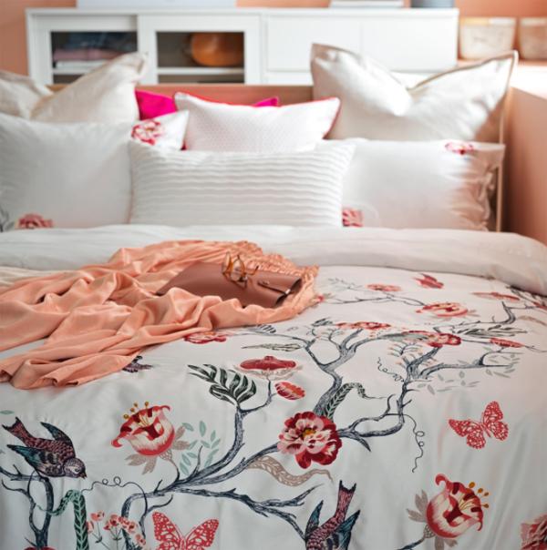 dekorasi-kamar-tidur-yang-hangat-dan-romantis