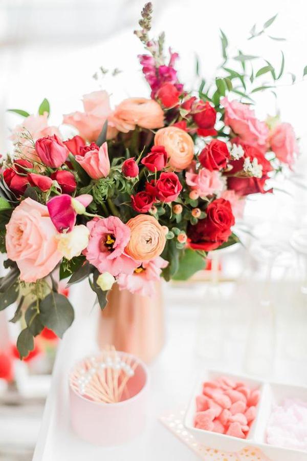 dekorasi-karangan-bunga-valentine