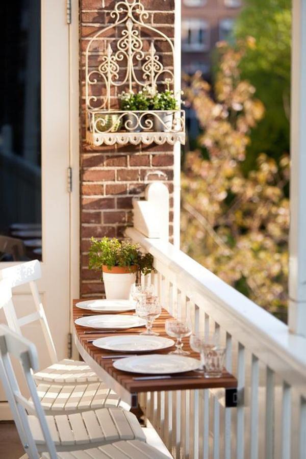 desain-balkon-cantik-dengan-area-makan-minimalis
