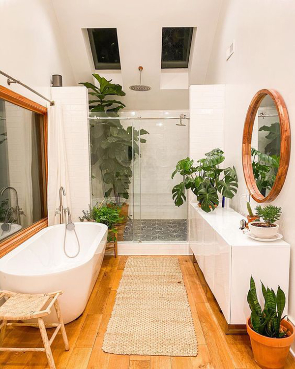 kamar mandi dengan lantai kayu