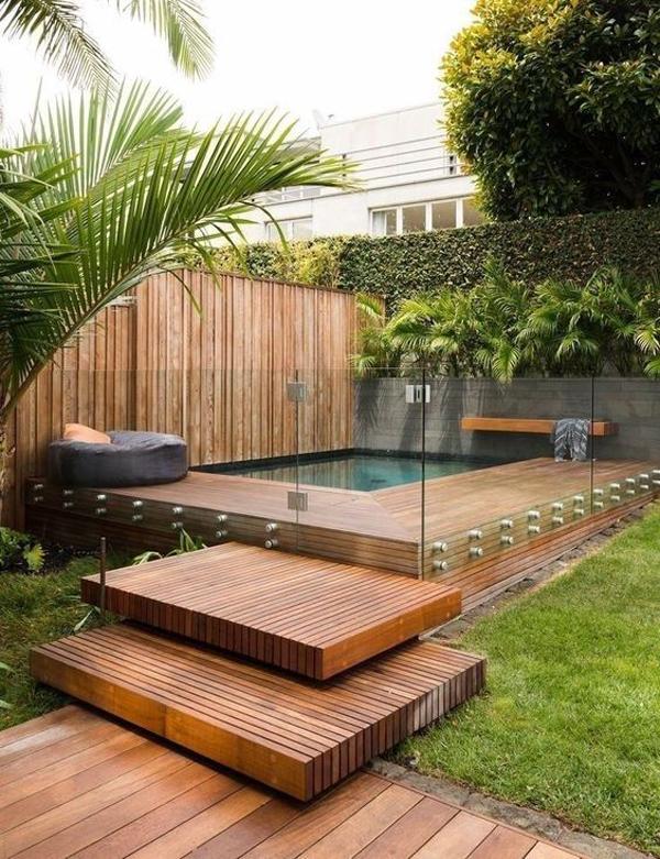 desain-kolam-renang-moderen-dengan-dinding-kaca