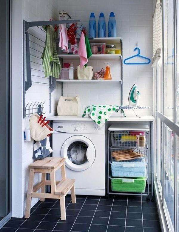 ruang cuci dengan penyimpanan ekstra