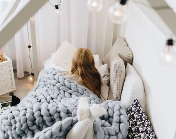 desain kamar tidur kanopi yang nyaman