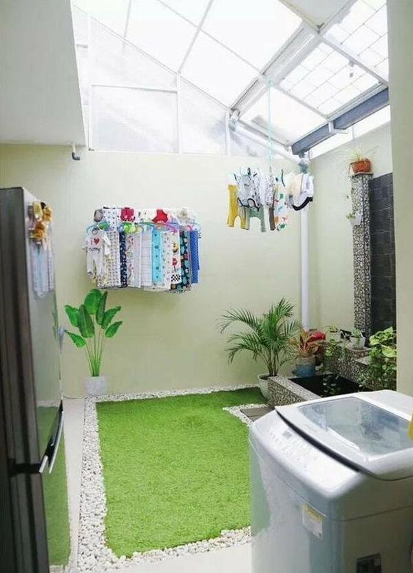 ruang cuci dengan taman buatan