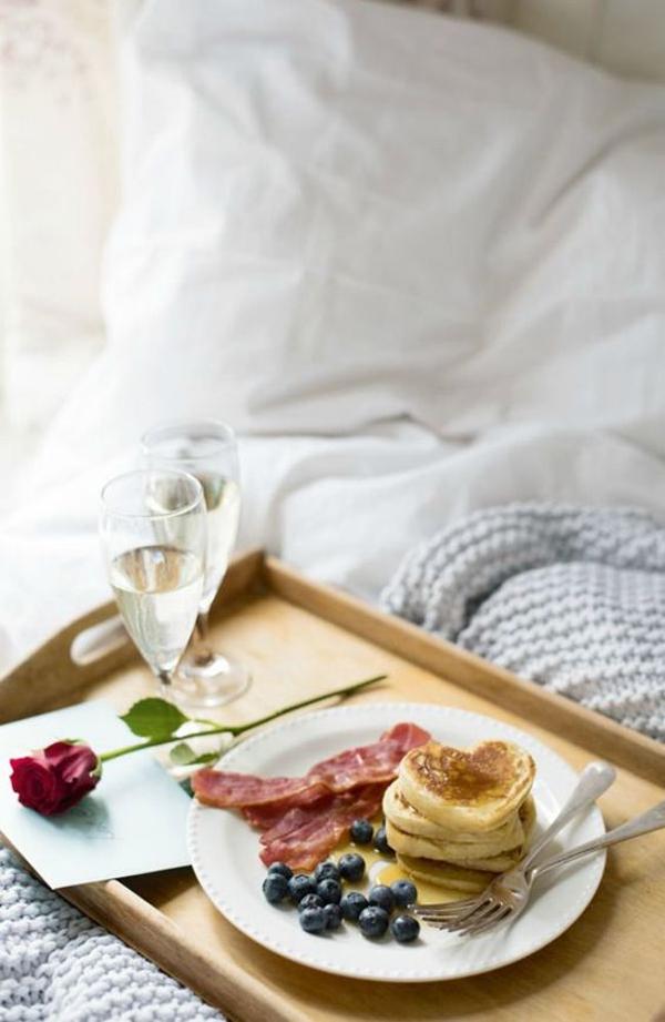 sarapan-hari-valentine