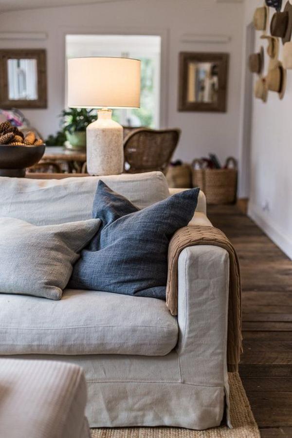 dekorasi sofa yang nyaman