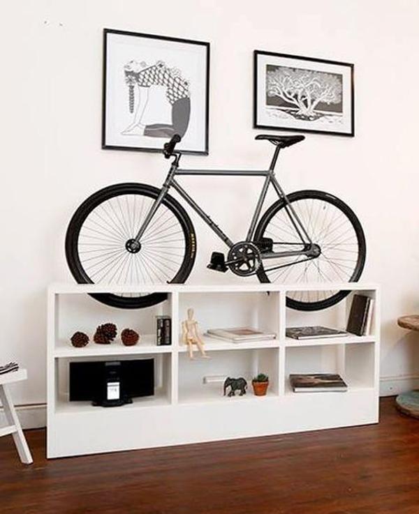 rak-sepeda-dengan-lemari-display