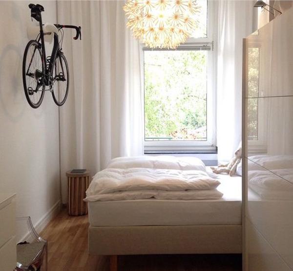 rak-sepeda-gantung-di-kamar-tidur