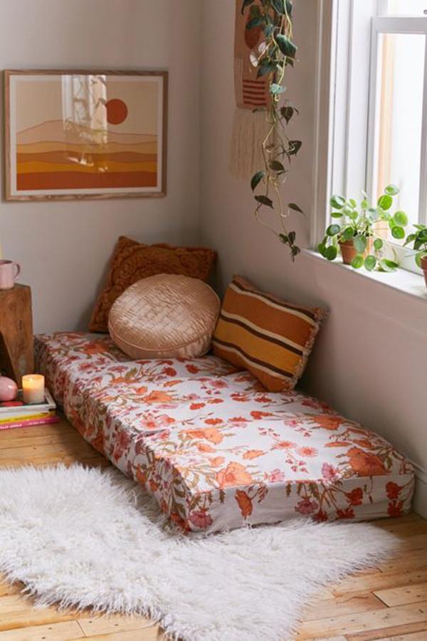 bantal-dan-sudut-membaca-lantai-untuk-kamar-tidur
