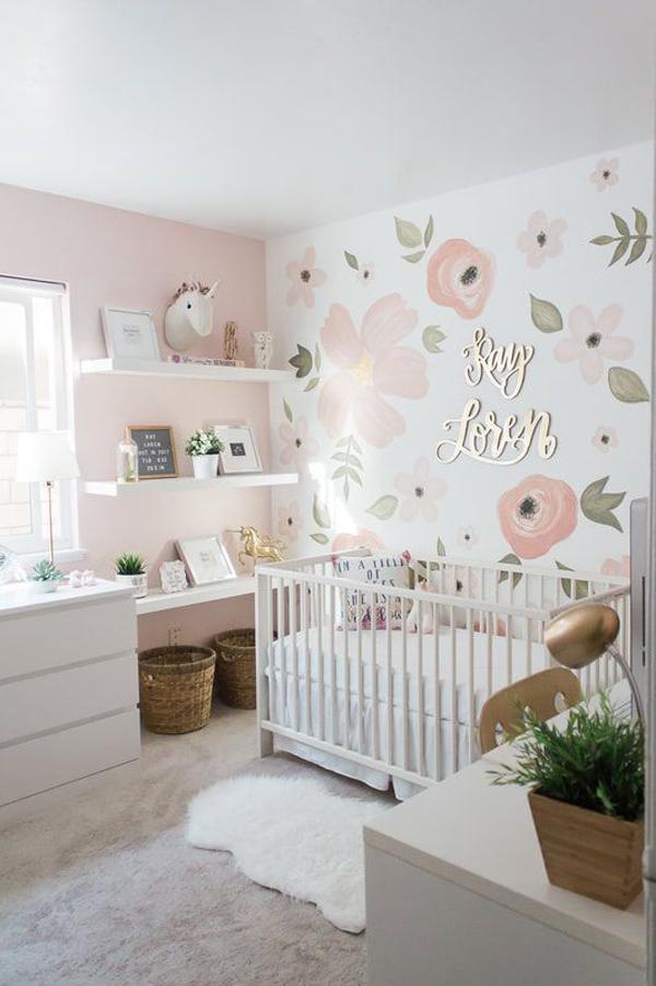 desain-kamar-bayi-cantik-dengan-wallpaper-bunga