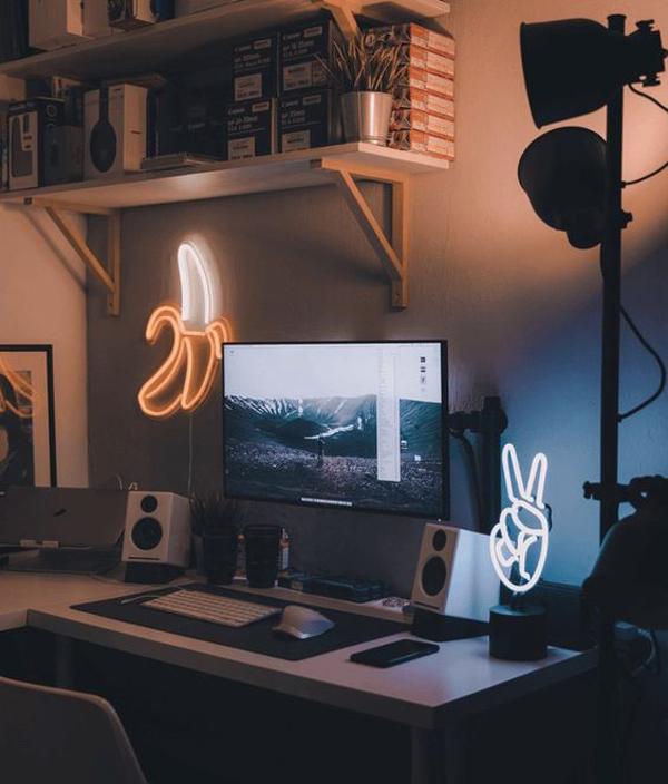 desain-ruang-gaming-nyaman-dengan-pencahayaan-redup