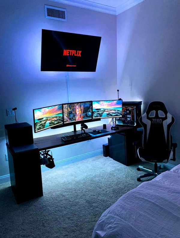 ide-ruang-game-dengan-tiga-monitor