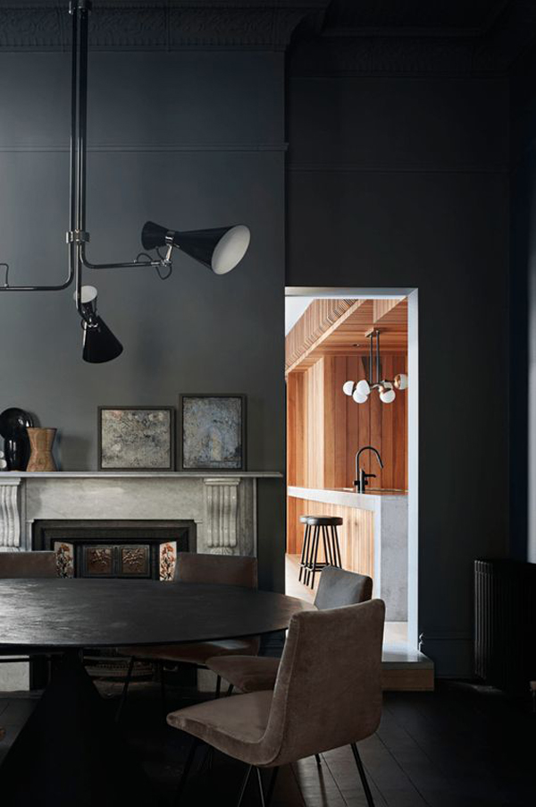 interior-gelap-dengan-dapur-panel-kayu