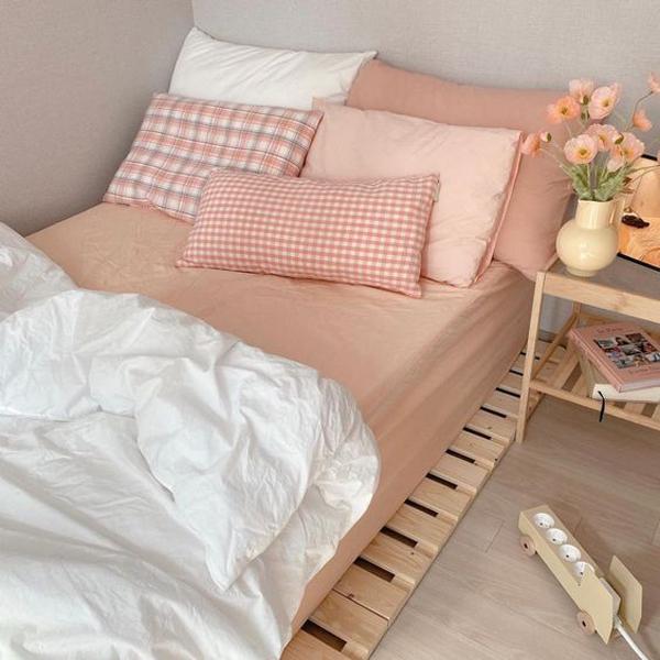 kamar-tidur-bergaya-korea-dengan-perabotan-kayu