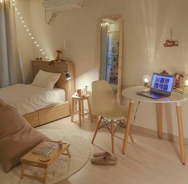 kamar-tidur-korea-minimalis-dengan-dekorasi-lampu