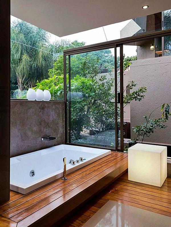 bak-mandi-terbuka-moderen-dengan-dinding-dan-pintu-kaca