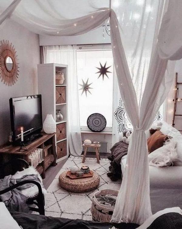 ruang-keluarga-dengan-area-TV-untuk-ramadhan