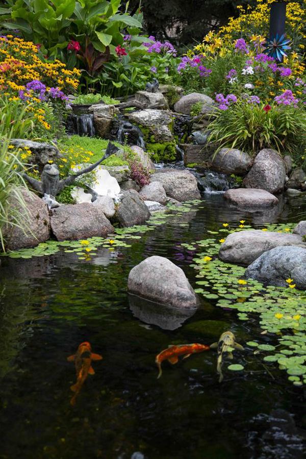 desain-kolam-ikan-dengan-sungai-buatan