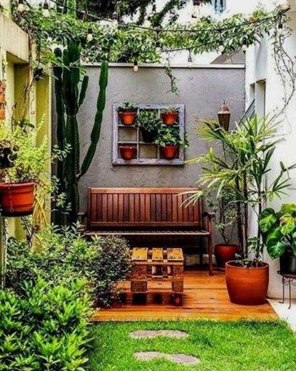 ide-taman-kecil-dengan-furniture-kayu