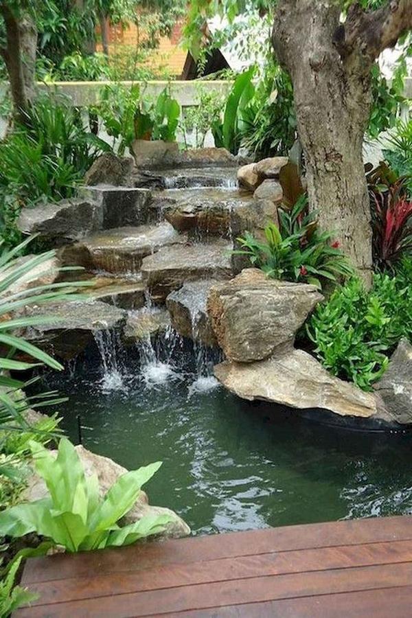 ide-taman-sungai-dengan-pancuran-batu-alam