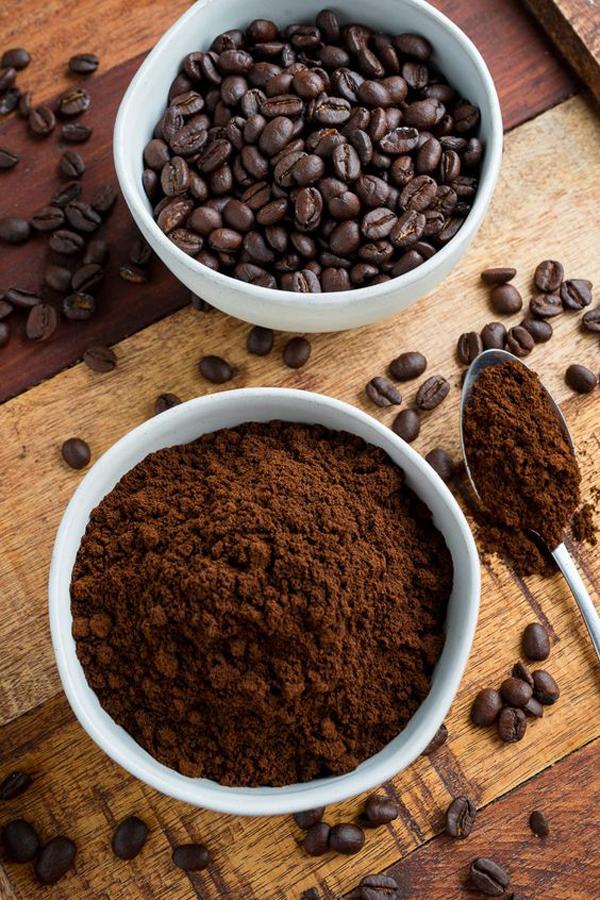 bubuk-kopi-untuk-mengusir-semut