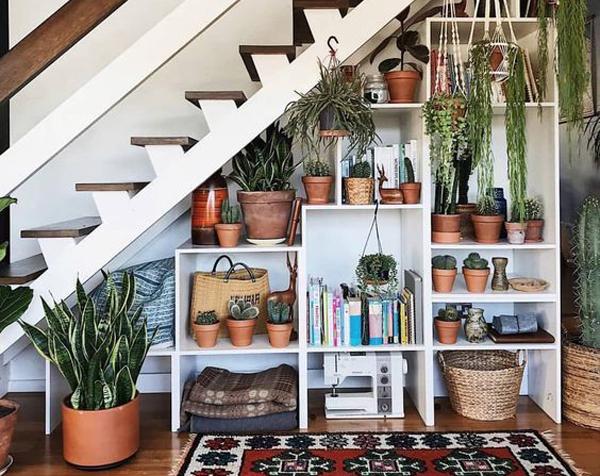 ide-kreatif-ruang-bawah-tangga