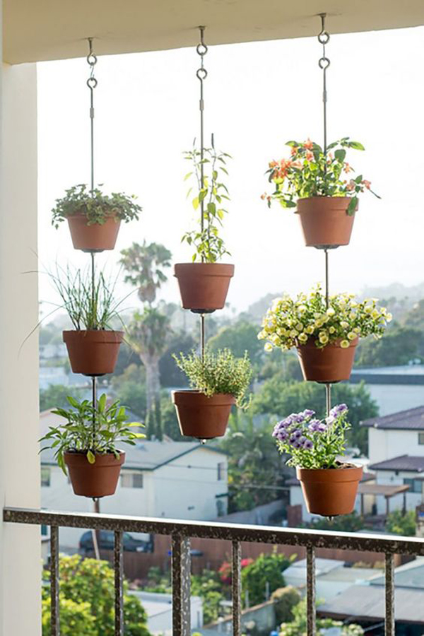 ide-pot-tanaman-gantung-untuk-balkon