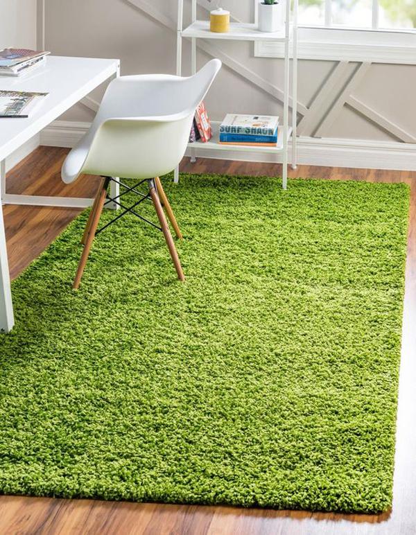 ide-ruang-kerja-nyaman-dengan-karpet-rumput