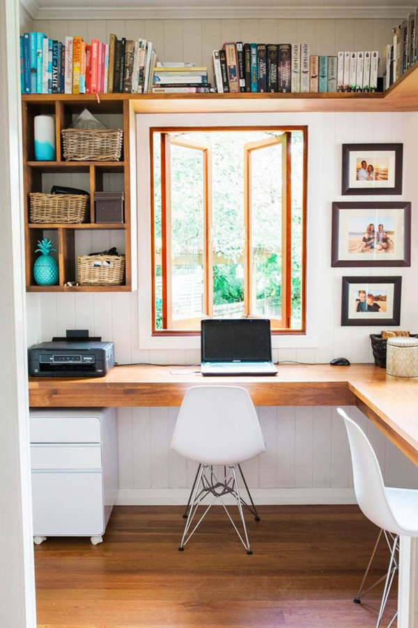 desain-meja-kerja-dengan-jendela-terbuka