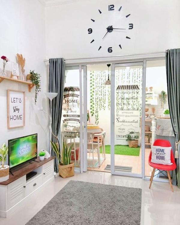 desain-ruang-keluarga-bergaya-lesehan