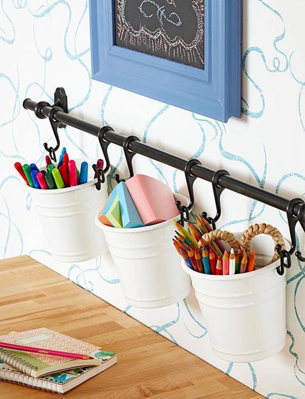 ide-ember-gantung-diy-untuk-menyimpan-peralatan-tulis