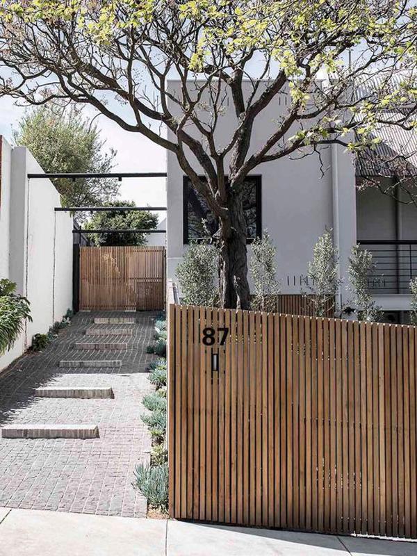 desain-pagar-kayu-rumah-modern