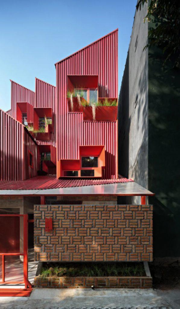 desain-rumah-mewah-tampak-depan-dengan-pagar-bata