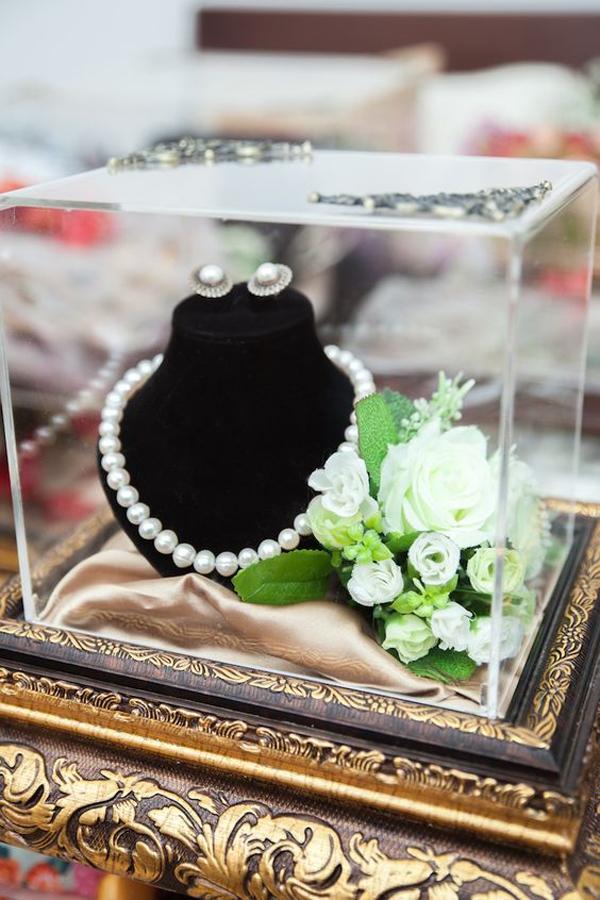 ide-hantaran-pernikahan-unik-perhiasan-mutiara