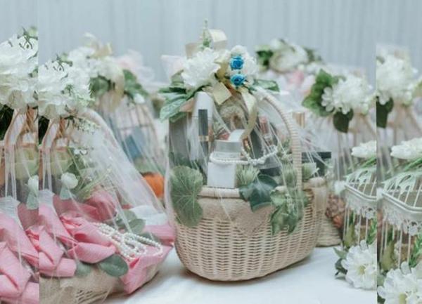 ide-parcel-pernikahan-dengan-keranjang-anyaman