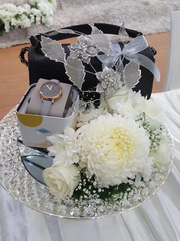 ide-seserahan-pernikahan-bernuansa-putih