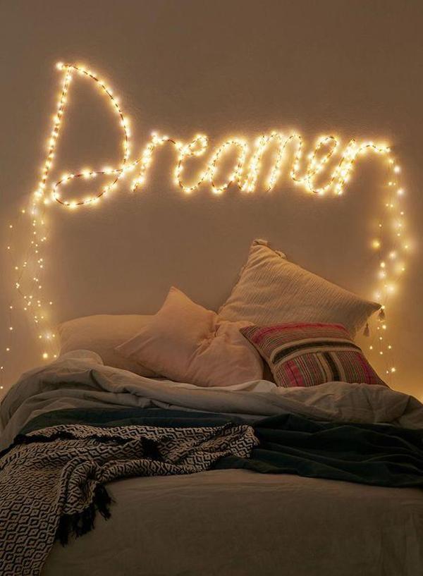 dekorasi-kutipan-di-kamar-tidur-dengan-string-light