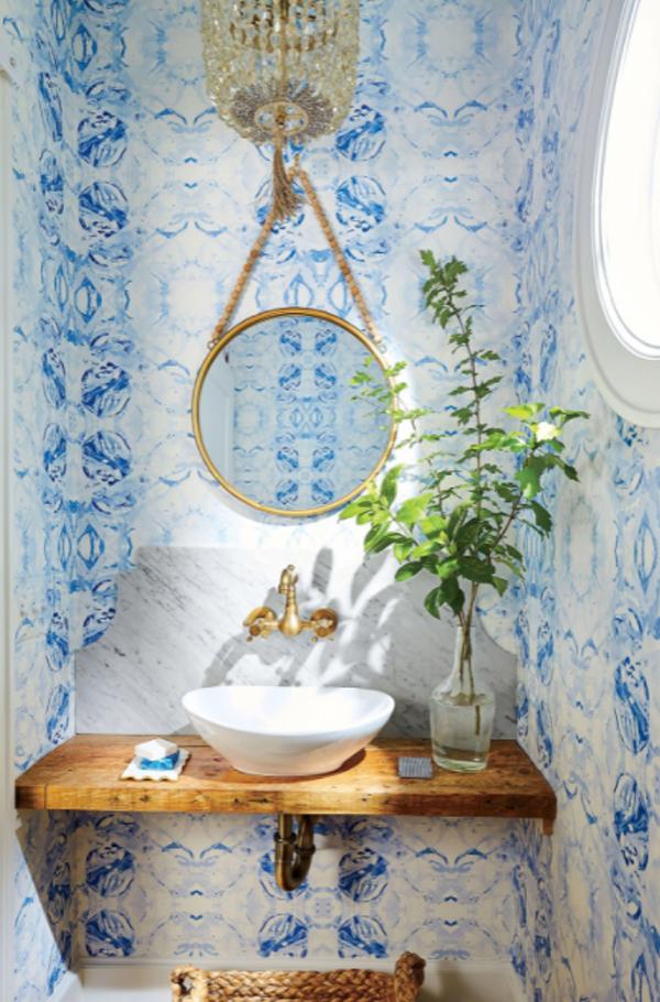 desain-kamar-mandi-klasik-berwarna-biru