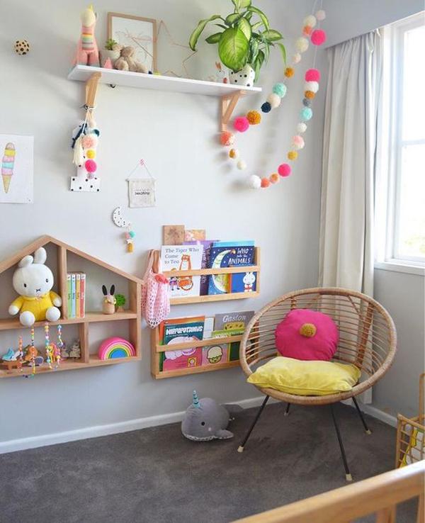 desain-rak-dinding-kayu-untuk-anak