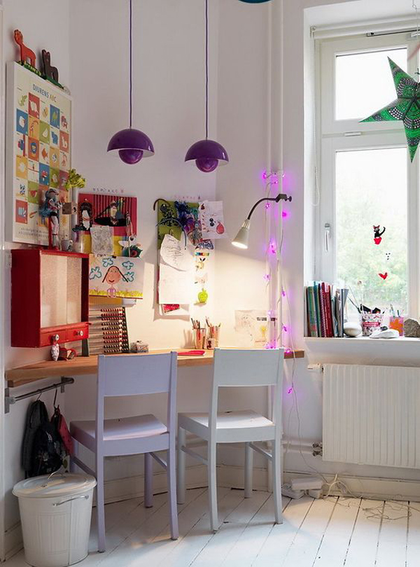 ide-meja-belajar-bersama-di-sudut-ruangan