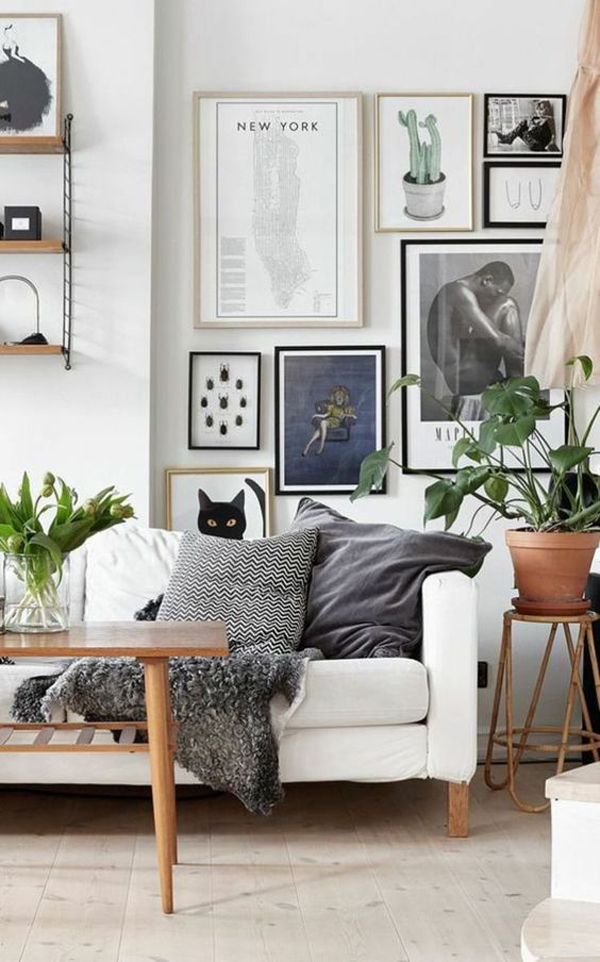 dekorasi-galeri-dinding-ruang-tamu-dengan-tanaman-hias